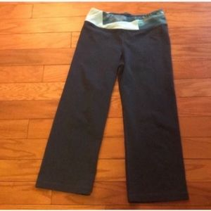 The Northface Cropped Workout Pants